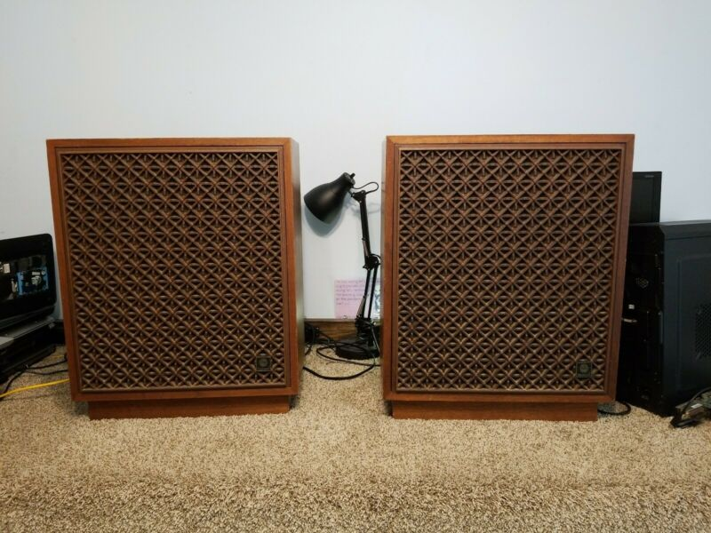 Rectilinear Lowboy Speakers Good Working Condition