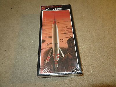 Glencoe Mars Liner Spacecraft 1:144 Scale Model Kit MISB Sealed 1996