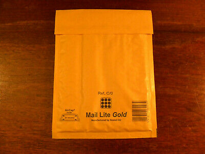 100 Mail Lite Padded Envelope Bubble Wrap Lined Postal Bags Gold C/0 150 x 210mm