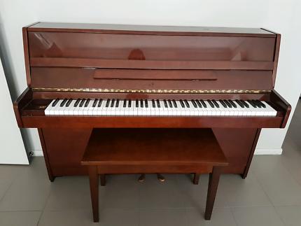 Kawai Japanese upright 1992 piano model cx