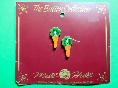 """(2) MILL HILL 7/8"""" ORANGE CARROT CERAMIC 2-HOLE BUTTONS (B281)"""