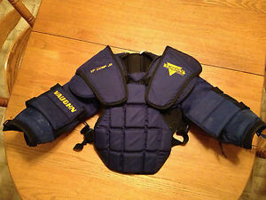 Vaughn jr goalie body armour Peterborough Peterborough Area image 1