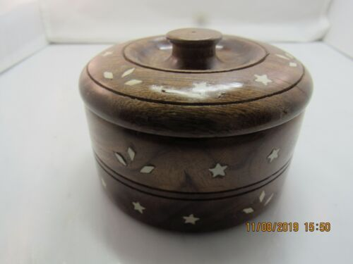 BEAUTIFUL HIGH QUALITY ETCHED WOOD CANISTER