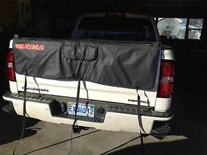 Yakima tail gate protector***NEW PRICE $100.00 OBO***
