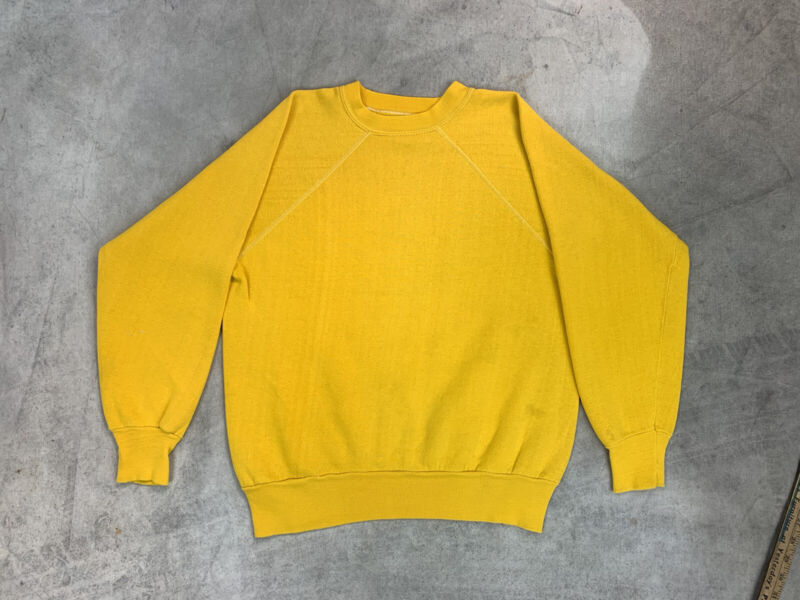 Yellow Basic Blank Sweatshirt Raglan 80s USA Vtg Plain Faded Used