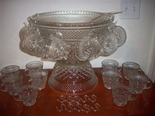 Anchor Hocking Wexford Punch Bowl Set 39 Piece