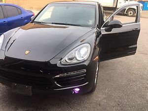 2012 Porsche Cayenne 3 Years Warranty!