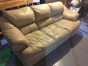 Leather couch (Beige)