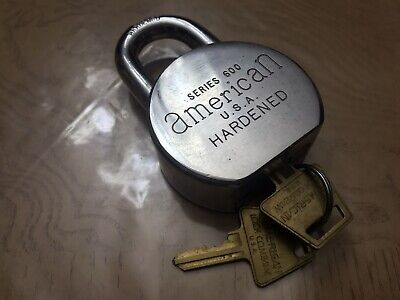 Vintage American U.s.a. Hardened Padlock Series 600 Zge With One Key