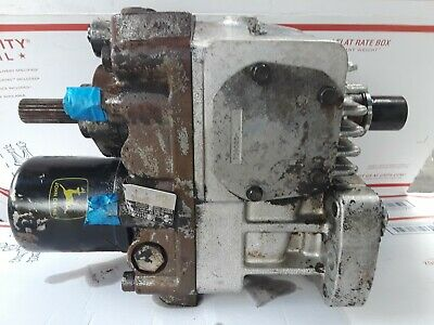 Hydrostatic Transmission - John Deere 655 Am118961