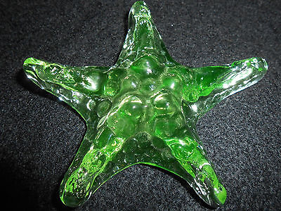 Green Vaseline glass sea shell starfish uranium yellow paperweight fish tank art