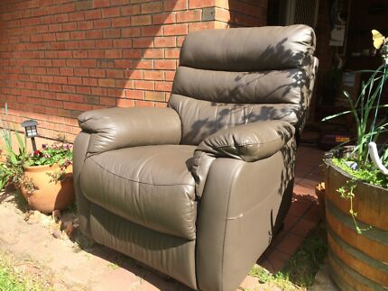 Electric recliner Lift Chair Gilles Plains Port Adelaide Area Preview