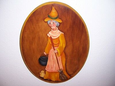 VTG HAND-PAINTED HALLOWEEN WITCH WALL PLAQUE by MAYVIS SICKMAN GLENWOOD MN.