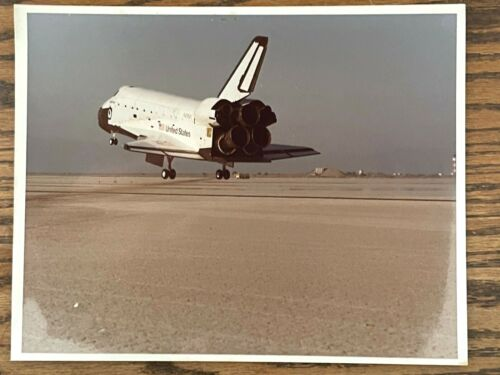 1983 NASA Space Shuttle Challenger STS-7 Landing Photographs -- View 3 and 4