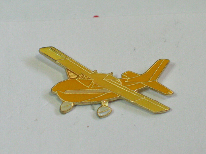Cessna 172 Skyhawk Airplane Aircraft Aviation Pin