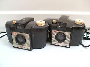 Kodax-Vintage-127-Brownie-Bakelite-Camera-With-Another-5-5-Long