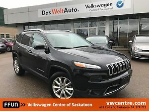 2016 Jeep Cherokee Limited UNDER 15,000 KM!!!