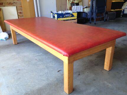 Massage Table Weston Creek Preview