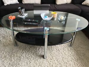 Coffee table with 2 side