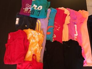 Lot of women's T's and Long sleeves - $15
