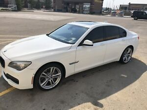 2011 Bmw 750xi ! Price reduced ! Must sell