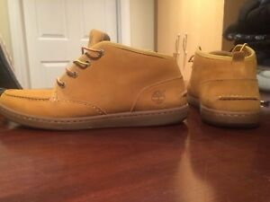 Low cut timberland boots