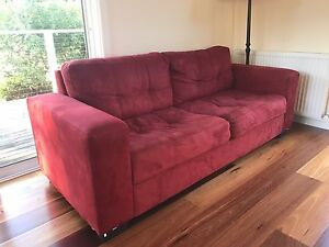 3 and 2 seater Lounge Bundanoon Bowral Area Preview