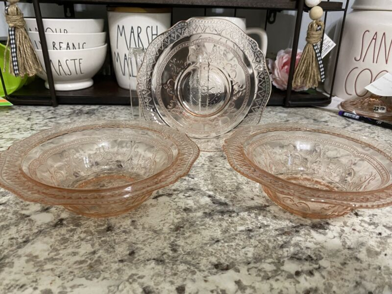 """SET of THREE Federal Glass Pink Patrician Spoke 6"""" Cereal Bowls"""