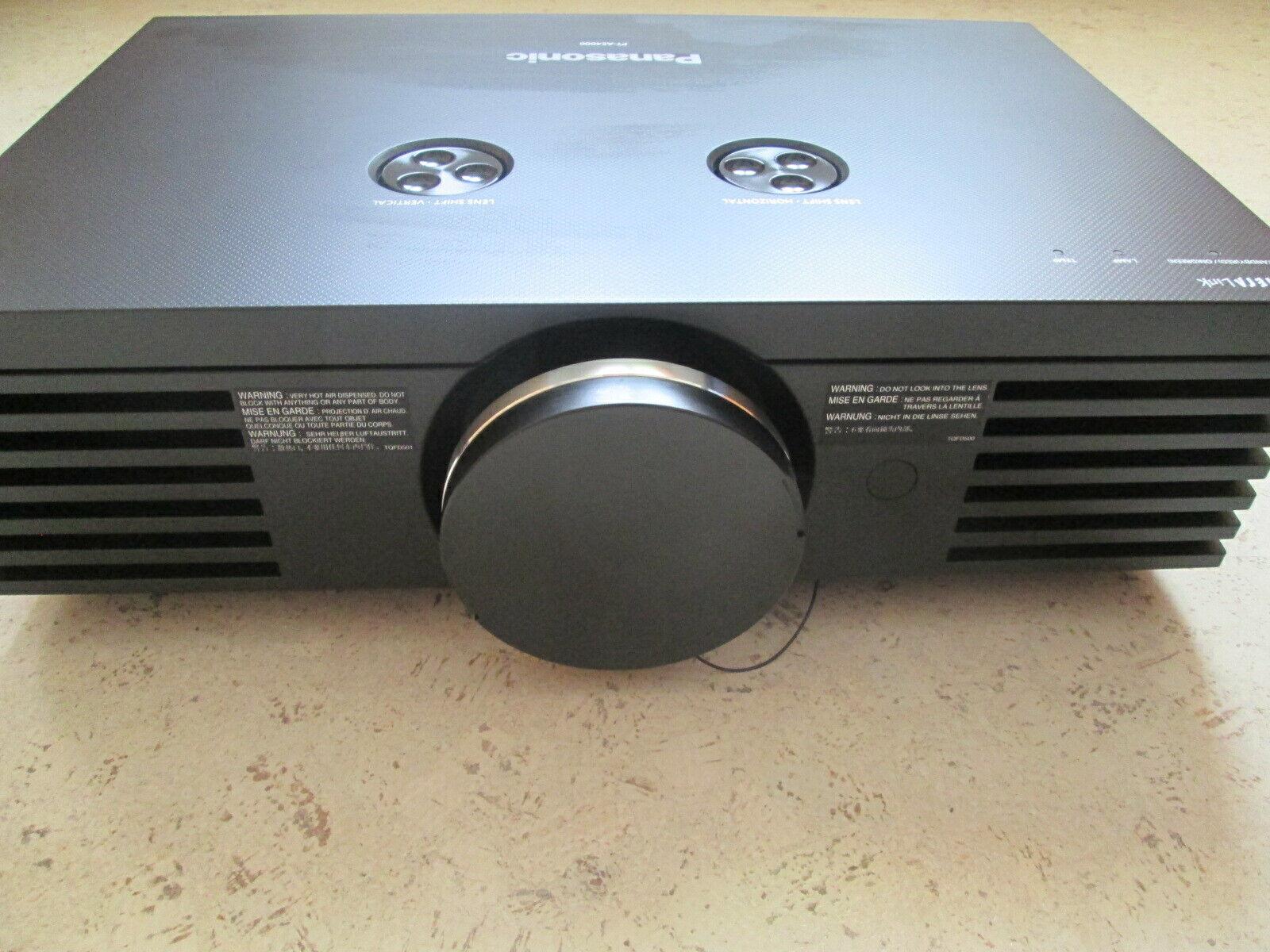 Panasonic PT-AE4000 Heimkino Beamer 1920x1080 FullHD