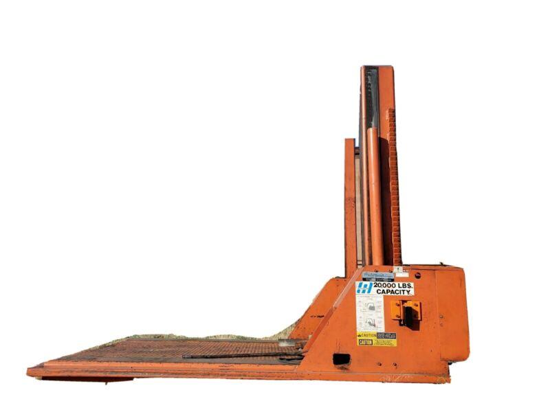 Autoquip 20,000 Lb. Capacity Forklift Service Lift, Model Cfl-200