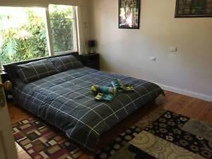 3x Private Queen Room. Pool, Spa, Sauna. (Car Rental $60 per wk)
