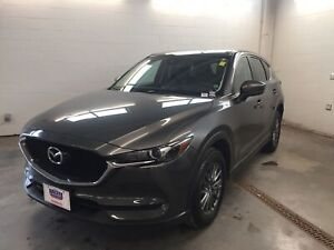 2017 Mazda CX-5 GS! NAV! ALLOY WHEELS! LEATHER INTERIOR!!