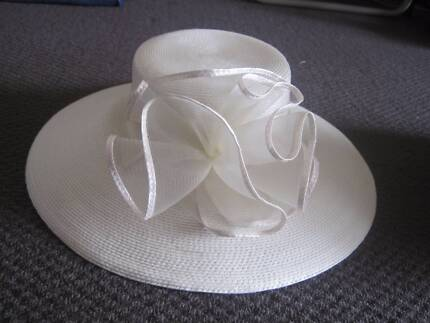 Classic Ivory Vintage Hat Pennant Hills Hornsby Area Preview