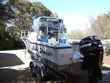Bayliner 23 ft ( 7 metre.) Walkaround centre cabin boat. Middleton Alexandrina Area Preview