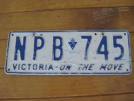 Single Retro Car Number Plate - Victoria (Australia) 1994 - 2000