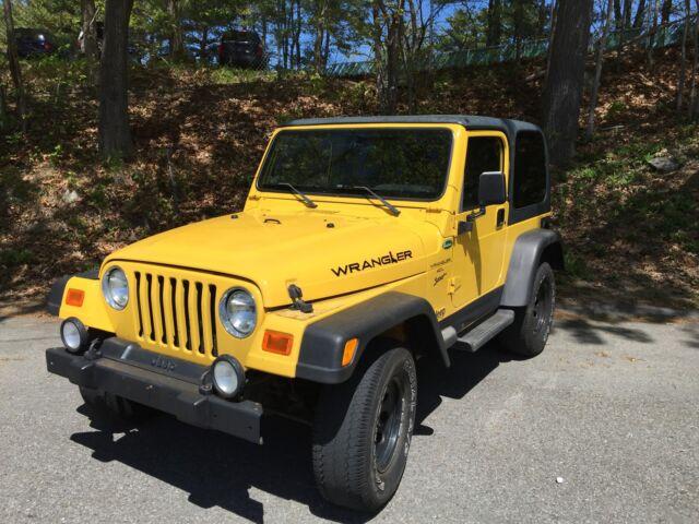 Imagen 1 de Jeep Wrangler yellow