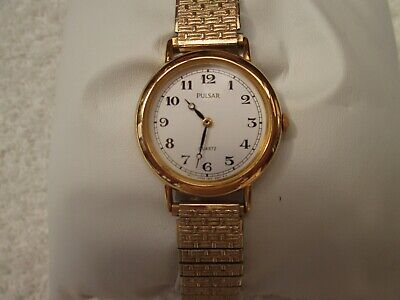 LADIES PULSAR BY SEIKO GOLD TONE WATCH WITH EXPANDING BRACELET