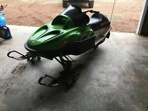 Arctic Cat ZR 120 kids snowmobile