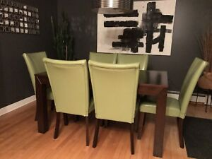 8 Dining Room Chairs for sale