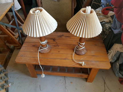 Working Bedside Table lamps.