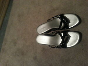 guess shoes size 8