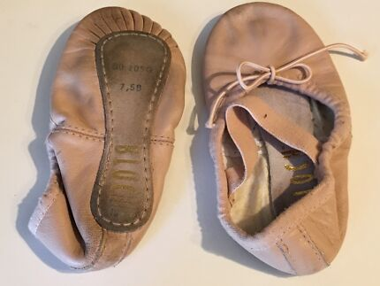 Ballet shoes for girls $10/pair