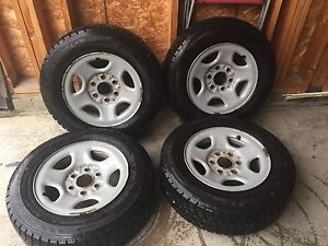 Winterclaw tires studded 215/70R16