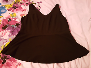 Cc Peplum top xl $20 Meadow Heights Hume Area Preview