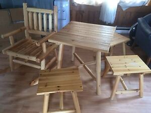 Set en bois / wooden outdoor table set