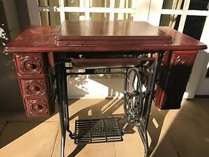 1939 Vintage 'Singer' Sewing Machine MUST SELL Ascot Brisbane North East Preview