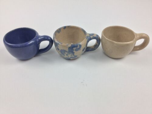 Bybee Pottery THREE (3) Small Cups Cobalt Blue Spongeware Ivory