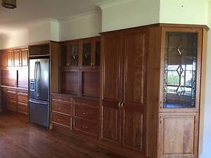 Timber kitchen set (including appliances)- MAKE AND OFFER Mount Vernon Penrith Area Preview