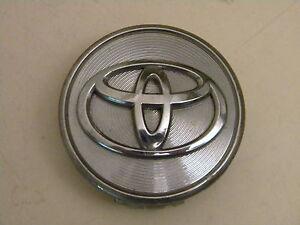 Toyota Avalon center cap hubcap Camry Part# 42603-06080 (1) chrome 2.50