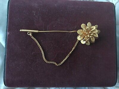 Gold 22-24 ct  Flower solid gold brooch Asian / Indian
